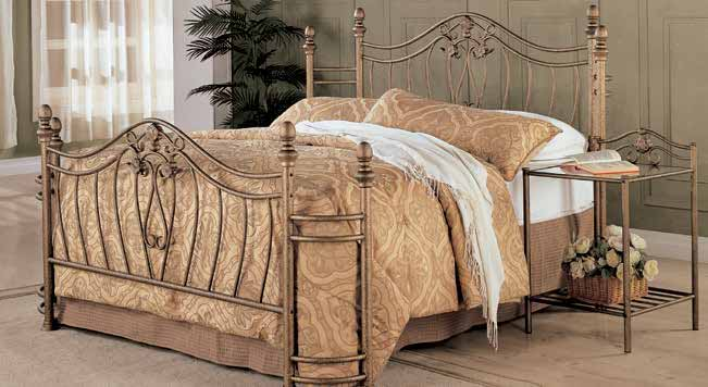 C KING HEADBOARD/FOOTBOARD